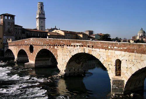 Adige e Ponte Pietra